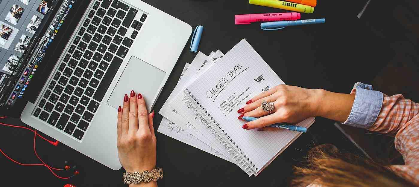 Blog Web Sitesi Yapımı ve Bloggerlik